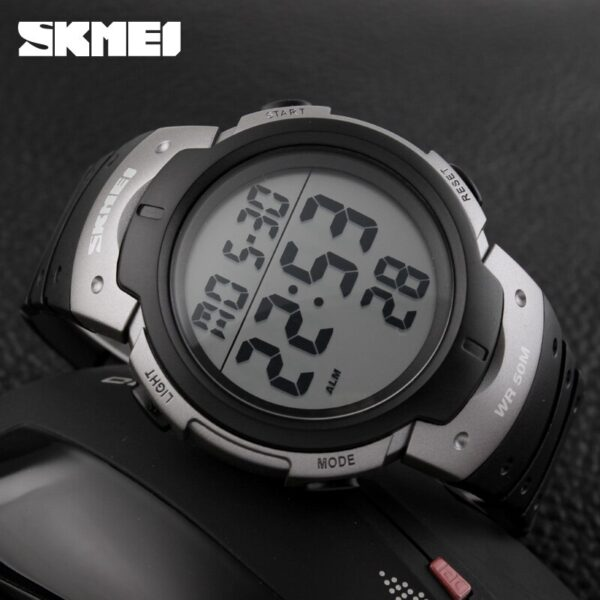 SKMEI Luxury Brand Outdoor Sports Watches Men Waterproof Digital LED Military Watch Men Casual Electronics Wristwatches